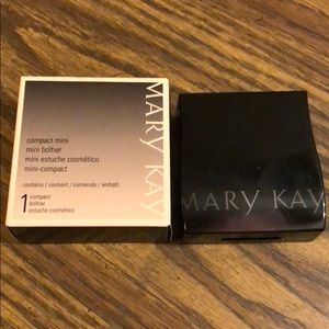 Mary Kay Customizable Mini Compact